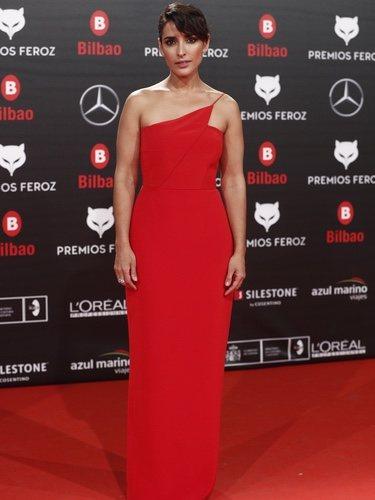 Inma Cuesta con un vestido rojo en los Premios Feroz 2019