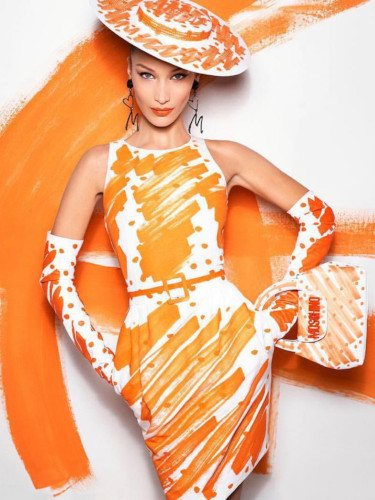 Vestido naranja de la colección primavera 2019 de Moschino