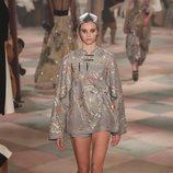 Vestido de seda de la colección de Alta Costura de Christian Dior para primavera/verano 2019 presentada en París