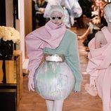 Falda con forma esférica y tonos pastel de la colección Alta Costura Primavera 2019 de Balmain