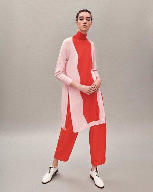 Jersey rosa y rojo colección Pre-Fall 2019 de Delpozo