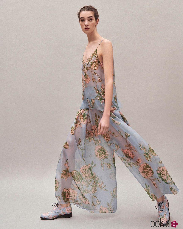 Camisa y falda de flores colección Pre-Fall 2019 de Delpozo