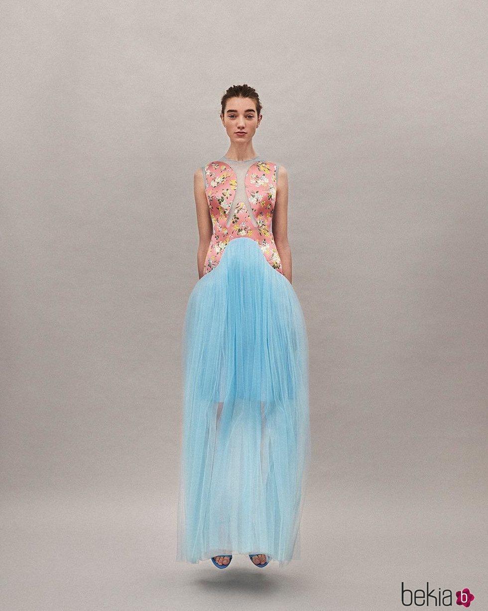 Vestido de tul azul colección Pre-Fall 2019 de Delpozo