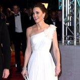 Kate Middleton con vestido de novia blanco en los BAFTA 2019