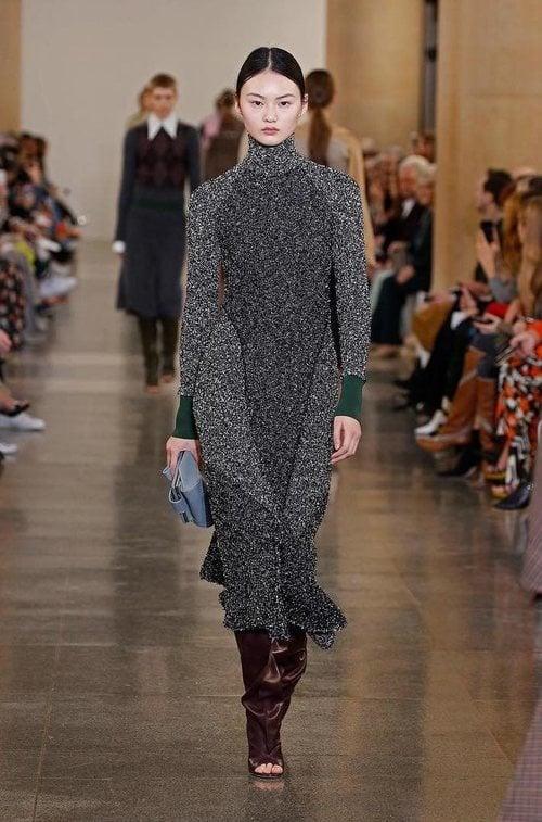 Vestido de la colección otoño/invierno 2019 de Victoria Beckham