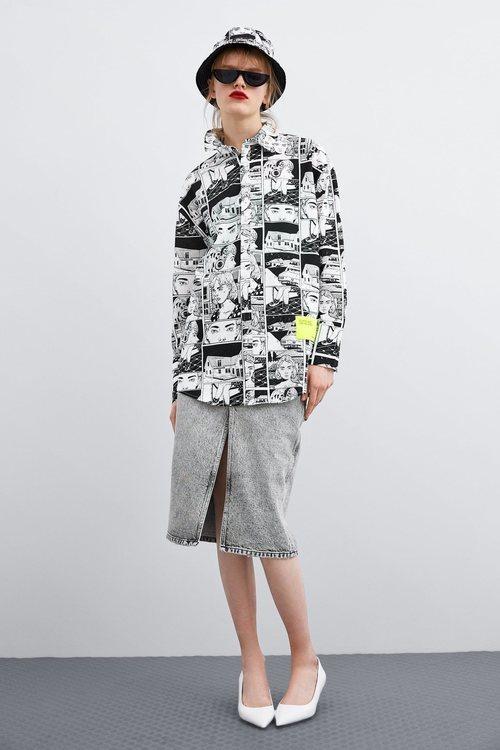 Camisa oversize estampada de Ana Müshell para la colección 'Women in Art' de Zara TRF 2019