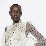 Blusa lunares con falda animal print Zara primavera-verano 2019