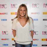 Amaia Salamanca con jeans y jersey de pico