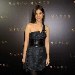 Julia Restoin-Roitfeld en un evento de Mango