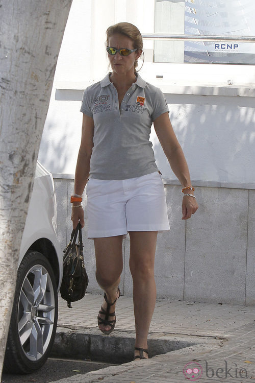 La Infanta Elena con ropa deportiva