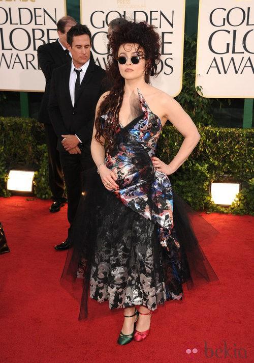 Helena Bonham Carter con un extraño estilismo en la alfombra roja