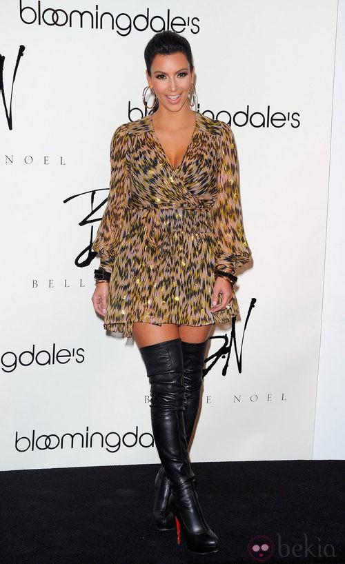 Kim Kardashian con un look de leopardesa