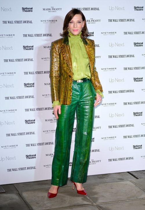 Cate Blanchett con un conjunto hortera