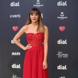 Aitana Ocaña con un vestido rojo largo