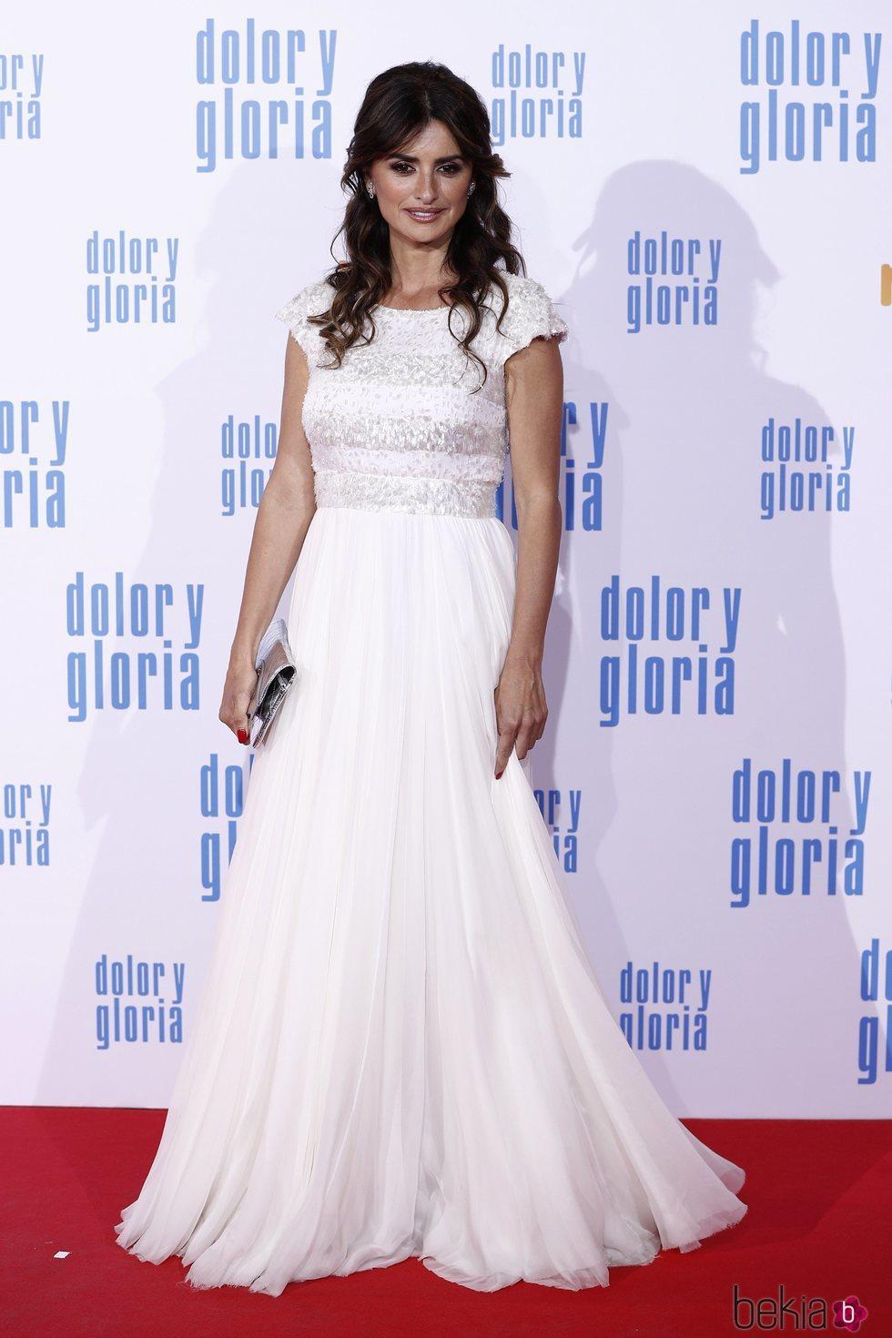 4ea10c3028 Penélope Cruz con un vestido blanco de Chanel - Los mejores y peores ...