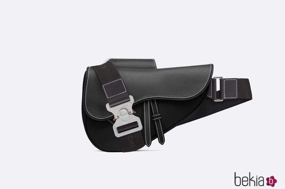 Bolso 'Saddle' versión masculina de Dior 2019