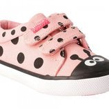 Zapatos de mariquita rosa de Garvalín