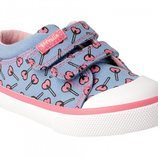 Zapatillas azules con piruletas rosas de Garvalín