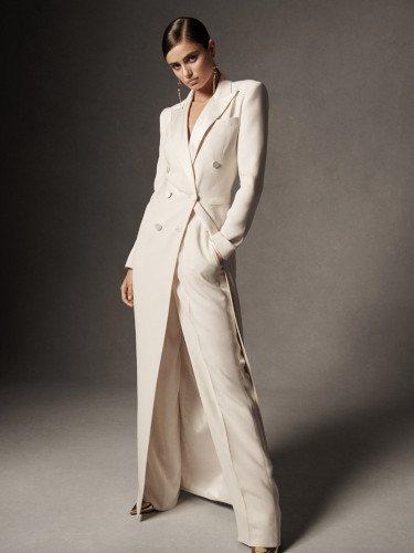 Abrigo blanco de la colección primavera 2019 de Ralph Lauren