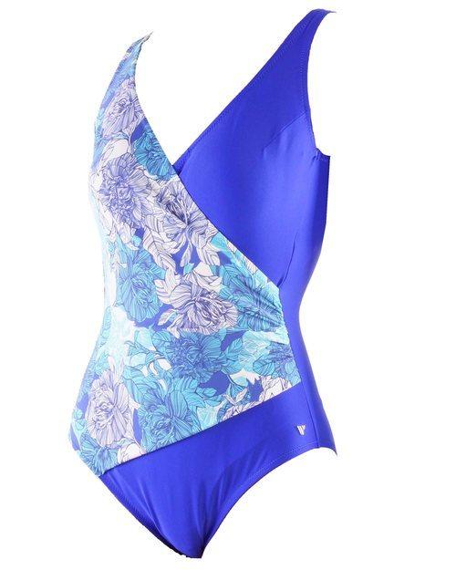 Bañador azul con estampado floral colección 2019 de Venus