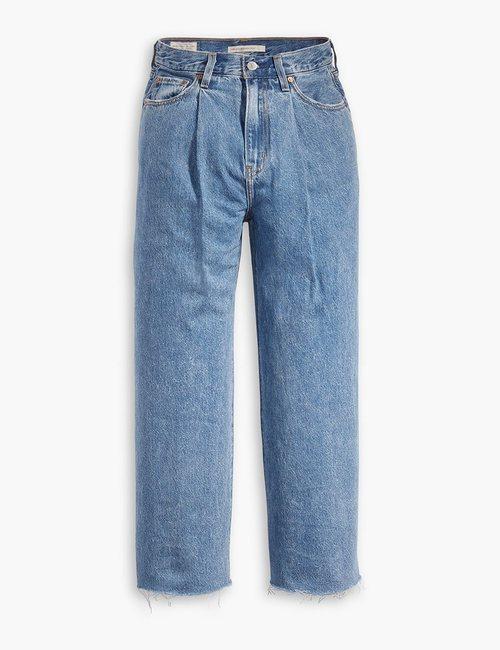 Jeans anchos nueva colección de Levi's