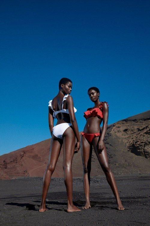 Bikinis con volantes de la colección de baño 2019 de Lefties
