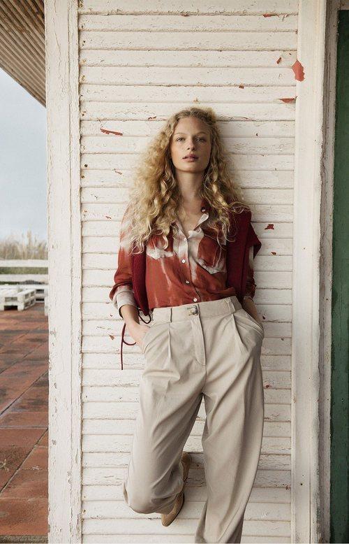 Camisa tie dye de la colección primavera/verano 2019 de Massimo Dutti
