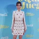 Leticia Dolera con un vestido de cartas