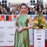 Bárbara Goenaga con un vestido verde