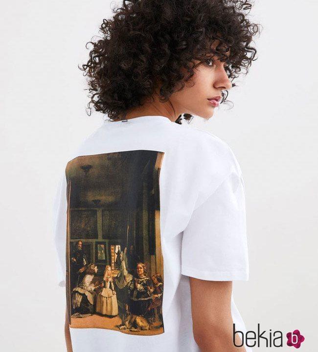 Camiseta blanca de las meninas nueva colección de Zara