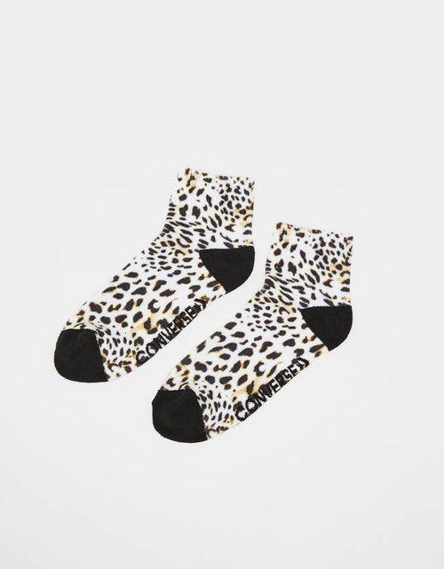 Calzetines estampado animal de guepardo Bershka