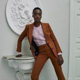 Traje pantalón marrón de Pertegaz otoño/invierno 2019/2020