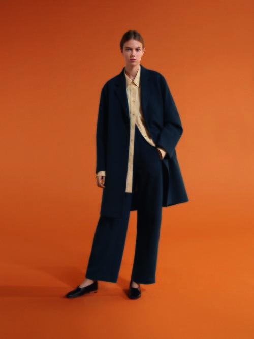 Abrigo, camisa y pantalón de corte masculino de Uniqlo para primavera/verano 2019