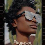 Gafas de espejo de la colección 'Beyond Nature' de TRF