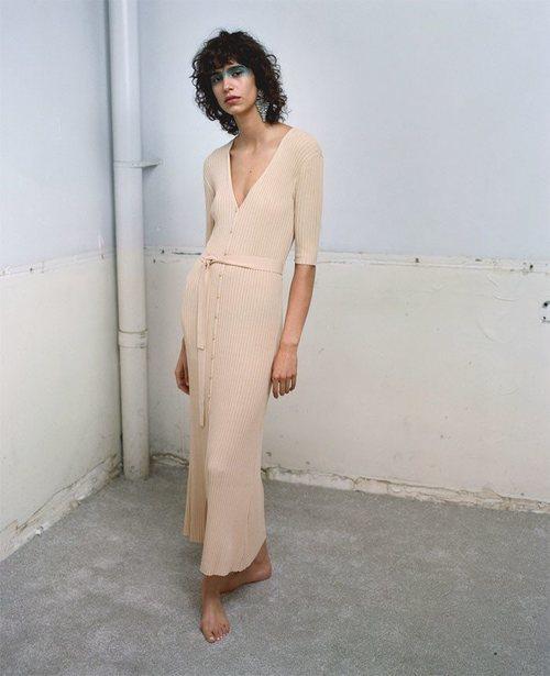 Vestido de punto de la colección primavera/verano 2019 de Zara
