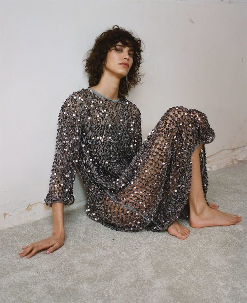 Vestido de lentejuelas de la colección primavera/verano 2019 de Zara