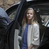La Princesa Leonor con vestido azul claro en la Misa de Pascua 2019