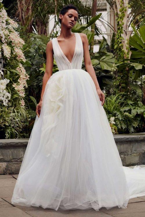 Vestido 'Azalea' de la colección de novias primavera 2020 de Vera Wang
