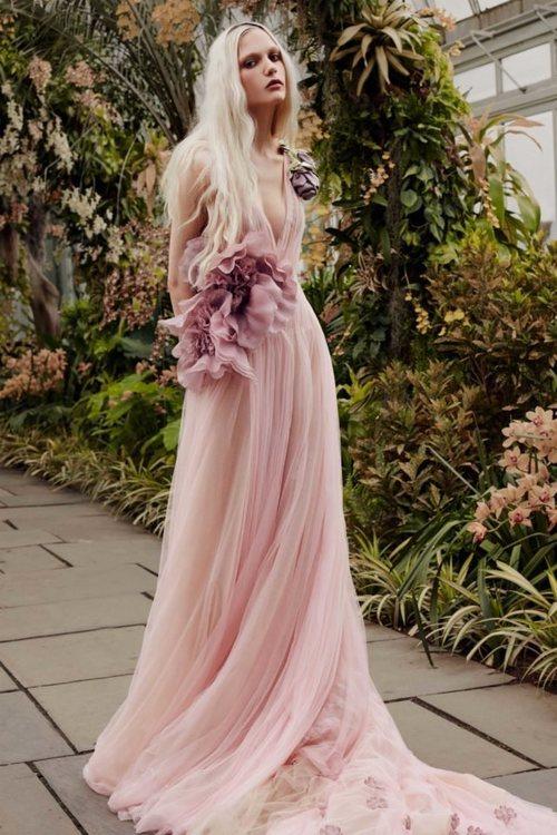 Vestido 'Primrose' de la colección de novias primavera 2020 de Vera Wang