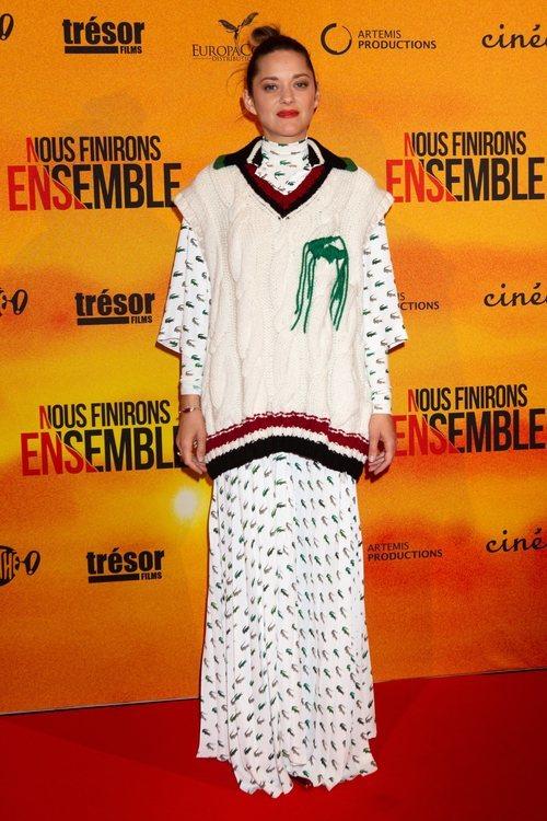 Marion Cotillard con un jersey de tenis
