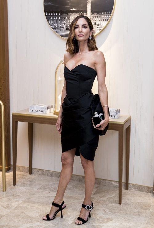 Eugenia Silva con un vestido negro