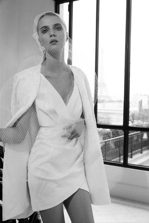 Mini vestido de la colección nupcial otoño 2019 de Elie Saab