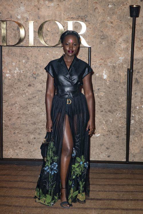 Lupita Nyong'o en el desfile de Dior Cruise 2020 celebrado en Marrakech