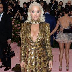Rita Ora vestida de Michael Kors en la alfombra roja de la Gala MET 2019