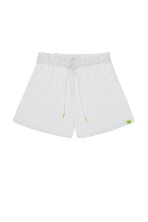 Shorts de nylon de la colección Pull&Bear by Rosalía