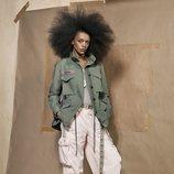 Pantalón multibolsillos de la colección 'SRPLS 2' de Zara