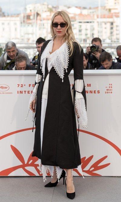 Chloë Sevigny con chaquet de Loewe en el Festival de Cine de Cannes 2019