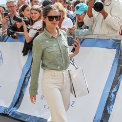 Sara Sampaio con un look muy casual en el Festival de Cine de Cannes 2019