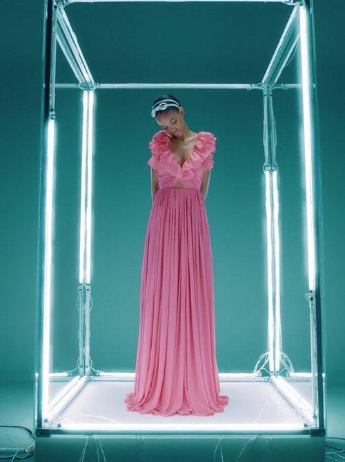 Vestido largo de seda de Giambattista Valli x H&M