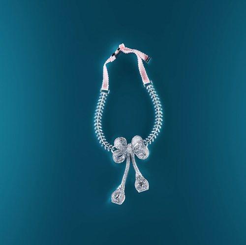 Collar con strass de Giambattista Valli x H&M